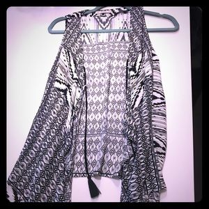 Black and white flowy vest